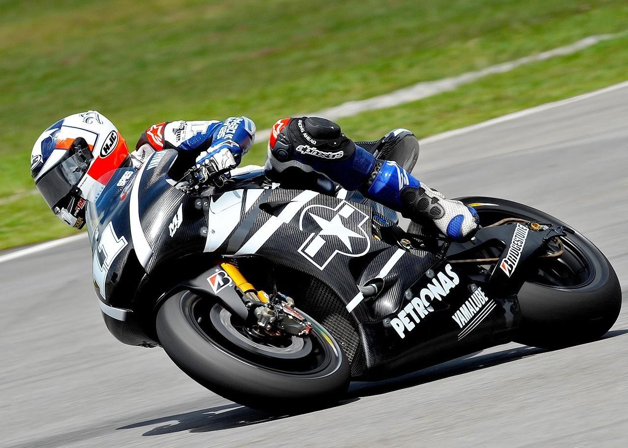 maaf bila ada gambar-gambar dari rider moto gp yang tidak ada ...